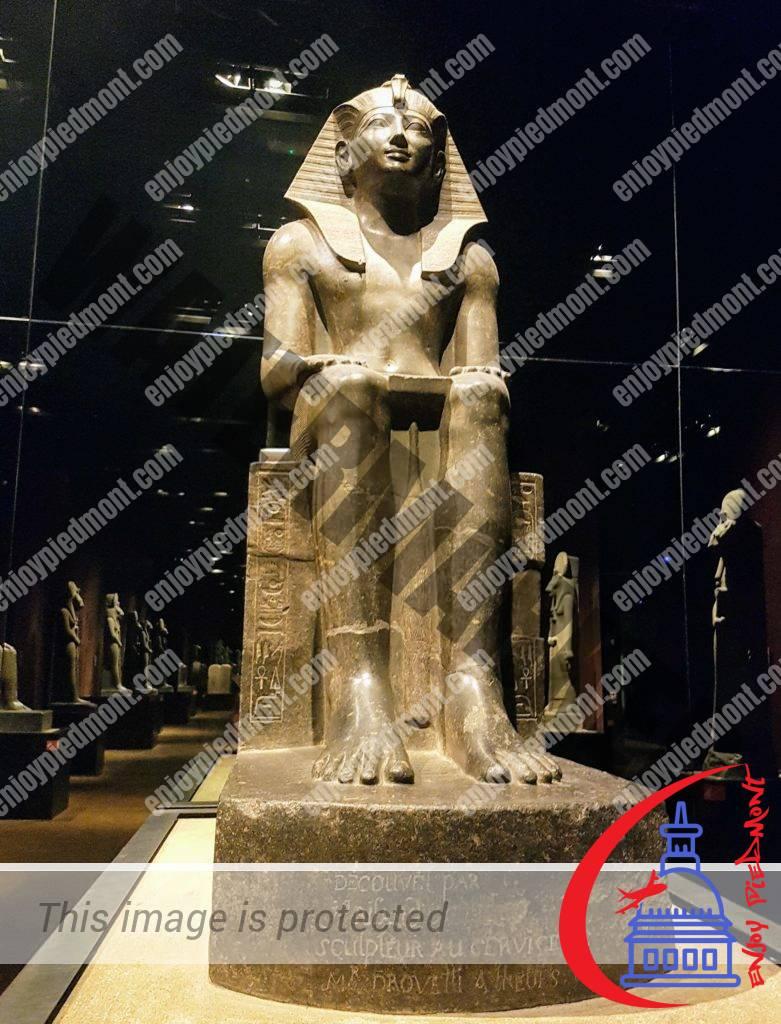 Statue of Tuthmosis III - Egyptian Museum - Turin