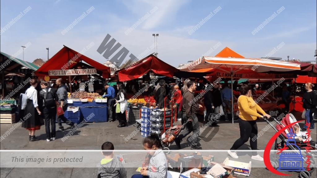 Porta Palazzo - vendor stalls