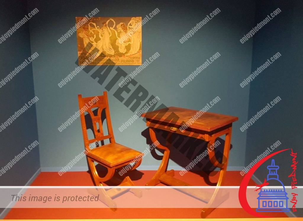 Italian Liberty Style - desk and chair - Enrico Monti