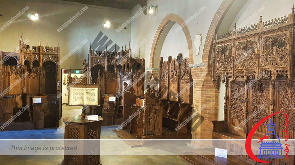 3 - Madama Palace - Staffarda Room – Wooden Choir