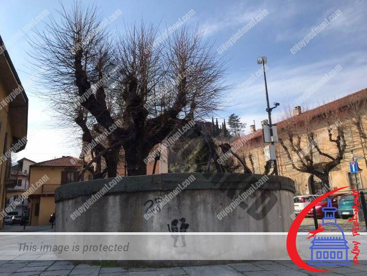 Avigliana Piazza Conte Rosso
